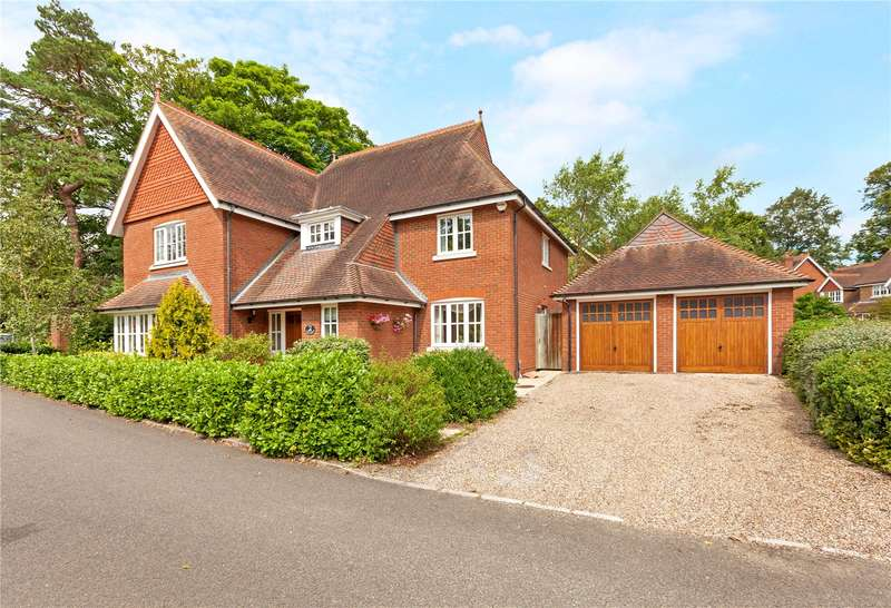 5 Bedrooms Detached House for sale in The Chase, Maidenhead, Berkshire, SL6