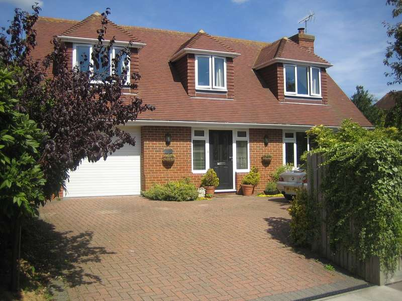 3 Bedrooms House for sale in Cherry Tree House, BN23