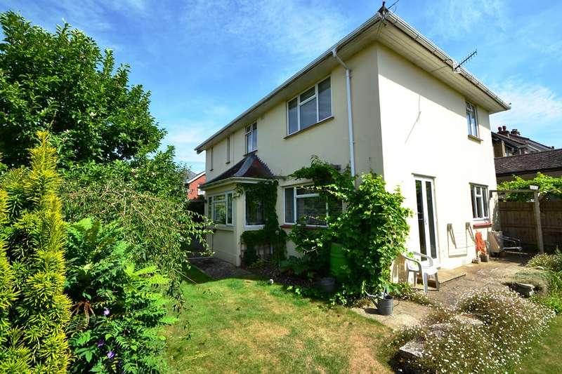 4 Bedrooms Detached House for sale in Salisbury