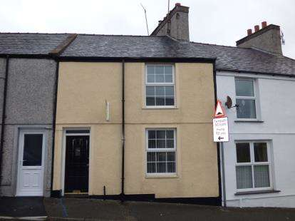 2 Bedrooms Terraced House for sale in Machine Street, Amlwch, Anglesey, North Wales, LL68