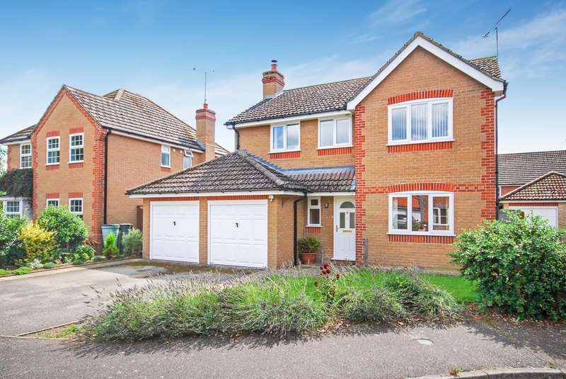 4 Bedrooms Detached House for sale in The Wrens, Thetford