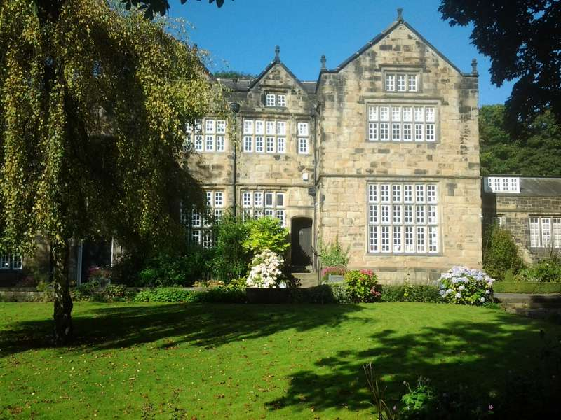 4 Bedrooms Property for sale in Hall Street Todmorden