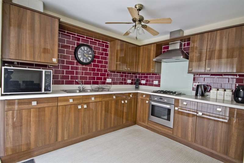 4 Bedrooms Terraced House for sale in Ashmore Gardens , Stockton-on-Tees, England, TS18 3BZ