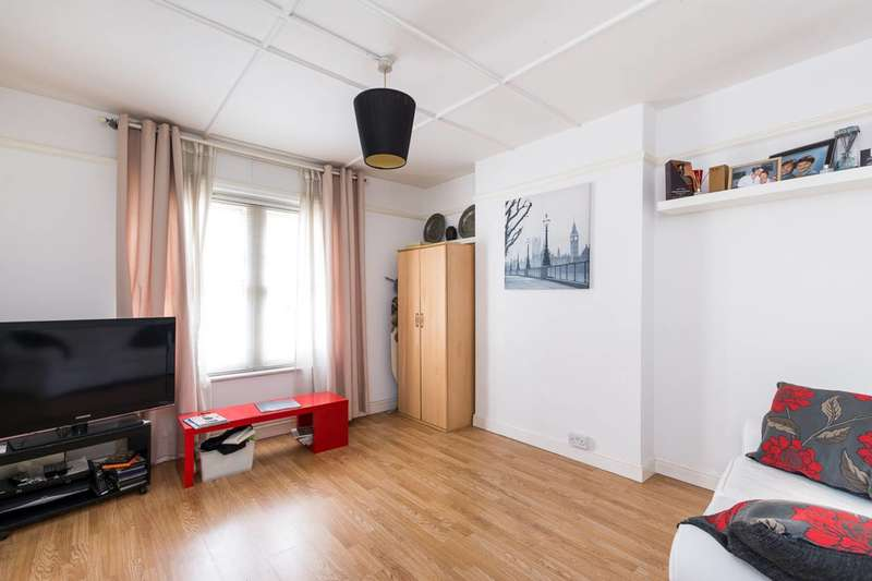 1 Bedroom Flat for sale in Lansdowne Way, Stockwell, SW8