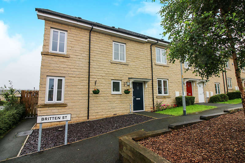 4 Bedrooms Property for sale in Britten Street, Darwen, BB3