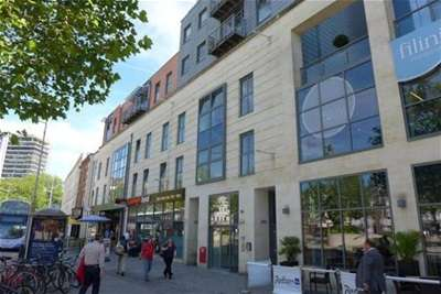 2 Bedrooms Flat for rent in Central Quay North, Bristol