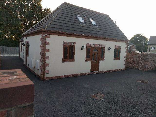 4 Bedrooms Bungalow for sale in Syke Close, Tingley, WF3