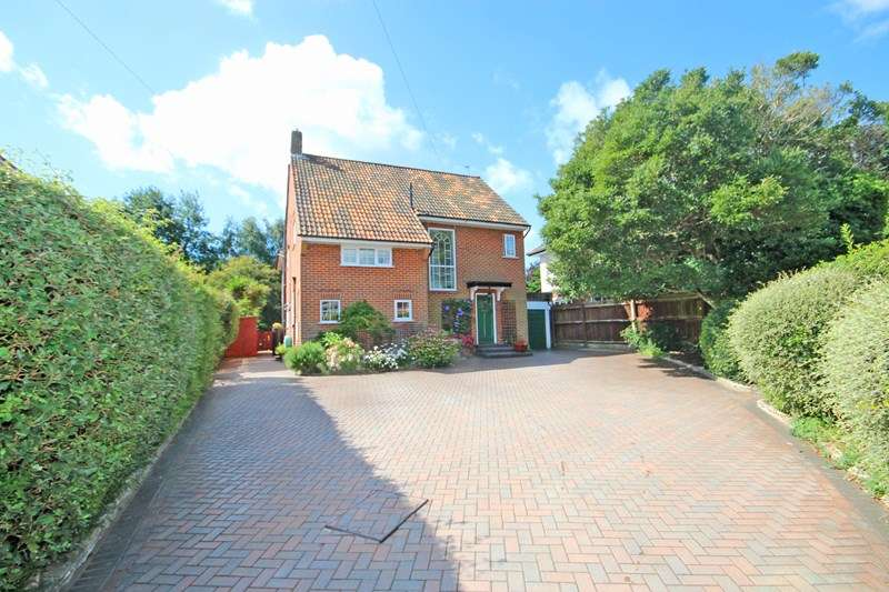 4 Bedrooms Detached House for sale in Harewood Place, Bournemouth