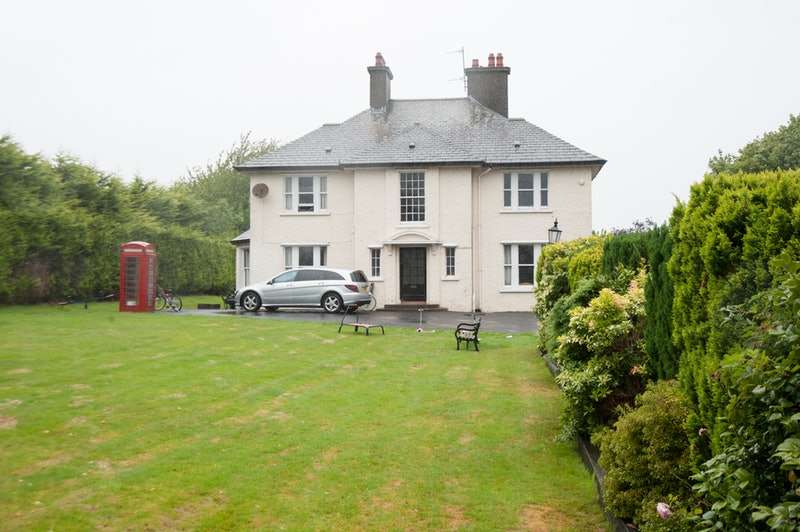 5 Bedrooms Detached House for sale in Tullybrannigan Road, Newcastle, County Down, BT33