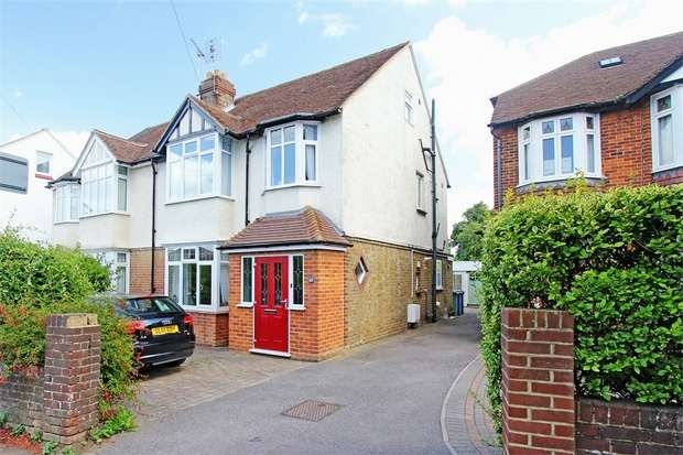 4 Bedrooms Semi Detached House for sale in Woodstock Road, Sittingbourne, Kent