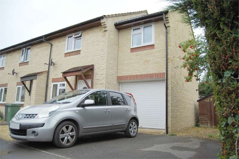 3 Bedrooms Semi Detached House for sale in Pheasant Mead, Stonehouse