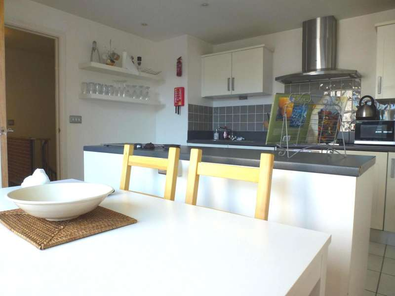 3 Bedrooms Apartment Flat for rent in Walk House, Brighton