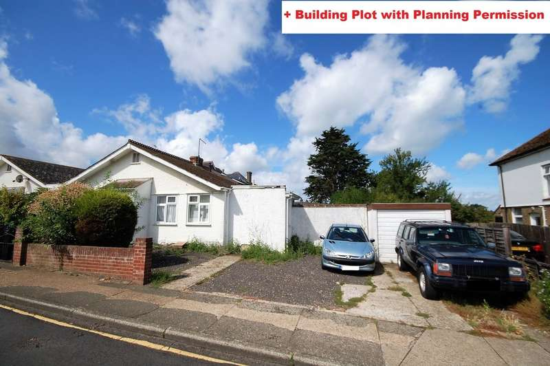 2 Bedrooms Semi Detached Bungalow for sale in Fitzroy Road, Tankerton, Whitstable
