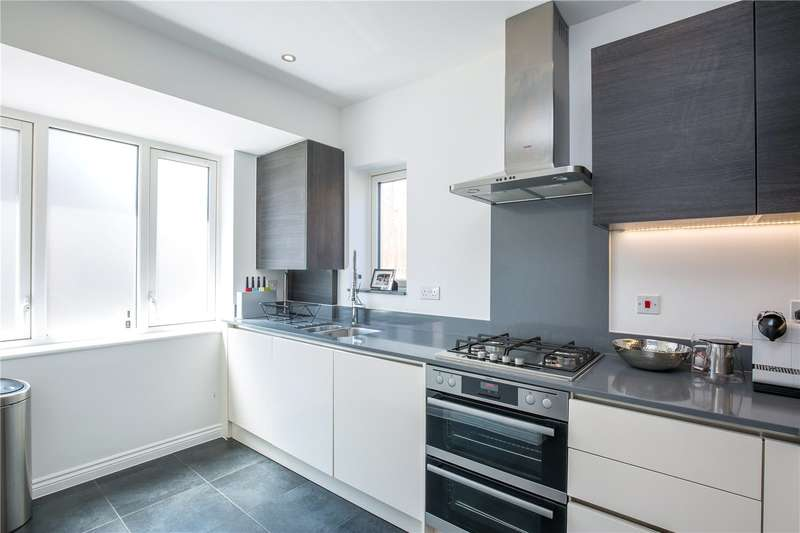 3 Bedrooms End Of Terrace House for sale in David Wildman Lane, Mill Hill, London, NW7