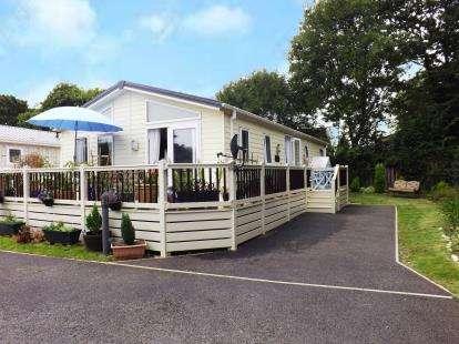 2 Bedrooms Bungalow for sale in Week Lane, Dawlish Warren, Devon