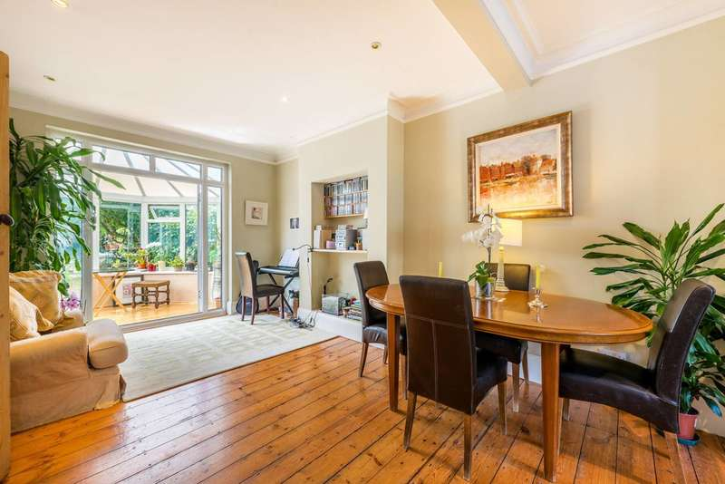 3 Bedrooms Semi Detached House for sale in Somerton Avenue, Richmond, TW9