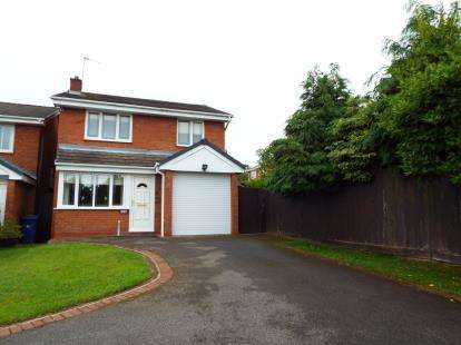 3 Bedrooms Detached House for sale in Sapphire Drive, Heath Hayes, Staffordshire
