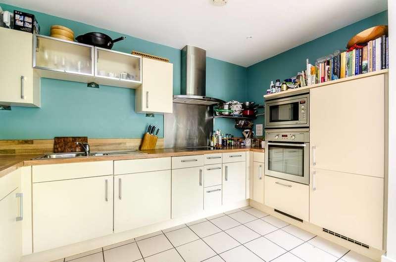 2 Bedrooms Flat for sale in Collington Street, Greenwich, SE10