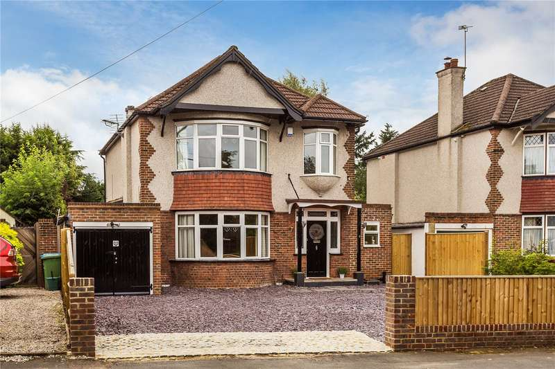 5 Bedrooms Detached House for sale in Burntwood Lane, Caterham, CR3