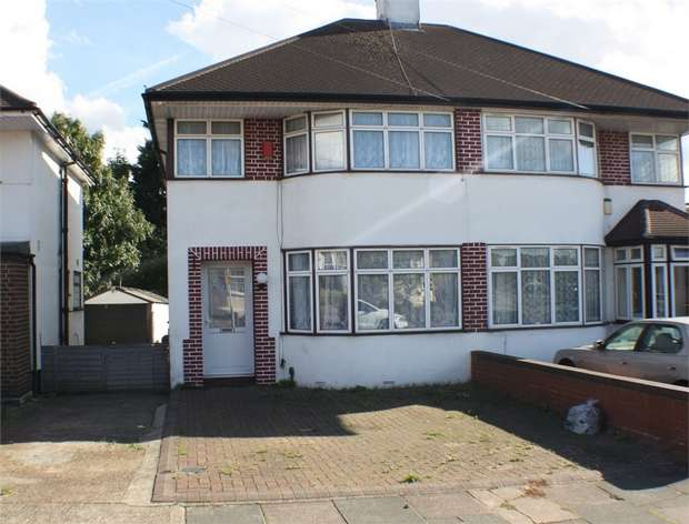 3 Bedrooms Semi Detached House for sale in Cavendish Avenue, RUISLIP, Middlesex, UK