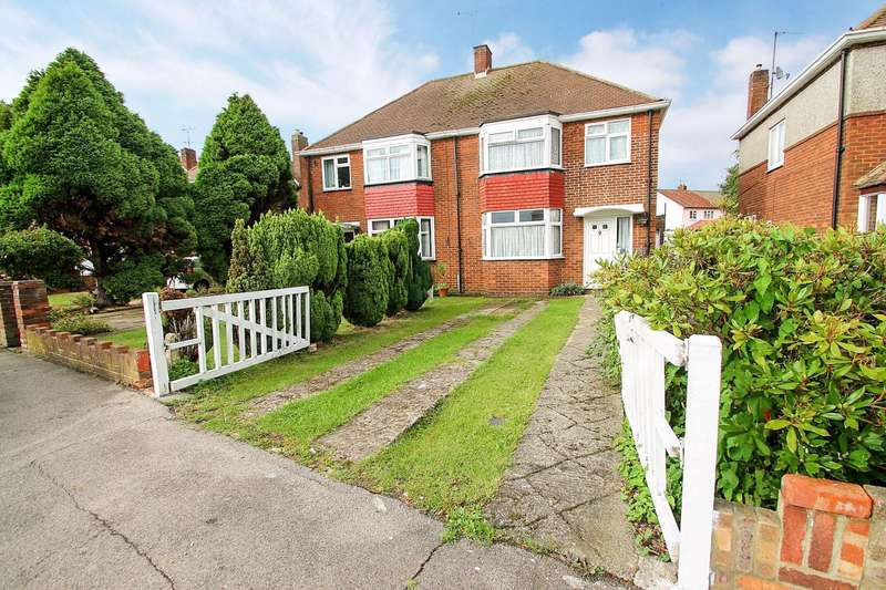 3 Bedrooms Semi Detached House for sale in Glenfield Road, Ashford, TW15