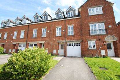 4 Bedrooms Terraced House for sale in Besant Close, Blackburn, Lancashire, BB1