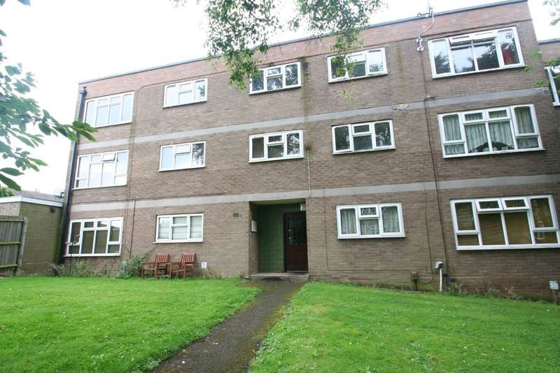 2 Bedrooms Flat for sale in Mamble Road, Stourbridge