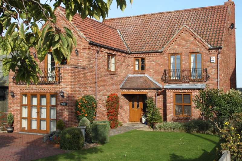 5 Bedrooms Detached House for sale in ., Skelton, East Yorkshire, DN14