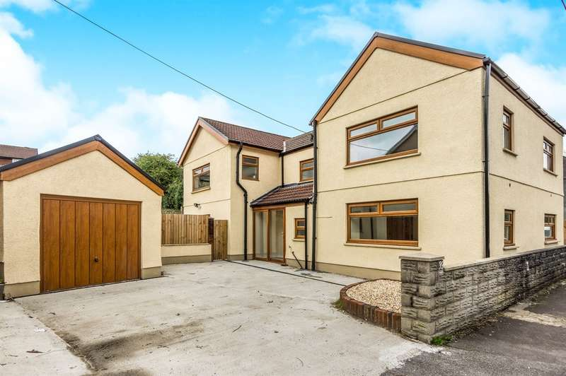 4 Bedrooms Detached House for sale in Bryngwili Road, Hendy, Swansea