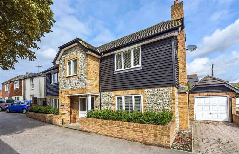 3 Bedrooms Detached House for sale in Lake Road, Chichester, West Sussex, PO19