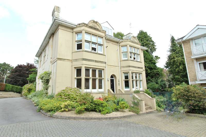 2 Bedrooms Maisonette Flat for sale in Stow Park Circle, Newport, NP20