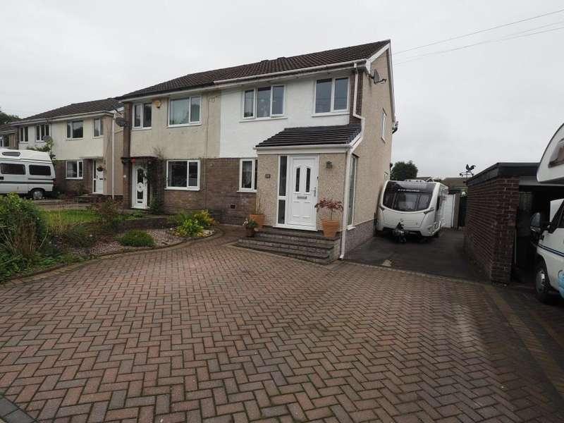 3 Bedrooms Semi Detached House for sale in Greggs Avenue, Chapel en le Frith, High Peak, Derbyshire, SK23 9TU
