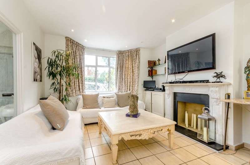 4 Bedrooms Semi Detached House for sale in Sutherland Grove, Southfields, SW18