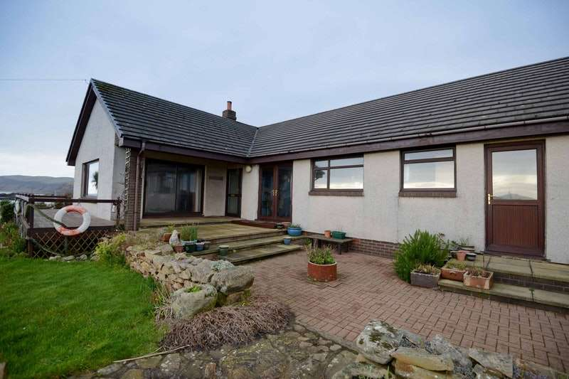 4 Bedrooms Bungalow for sale in Kildonan, Kildonan, Ayrshire, KA27