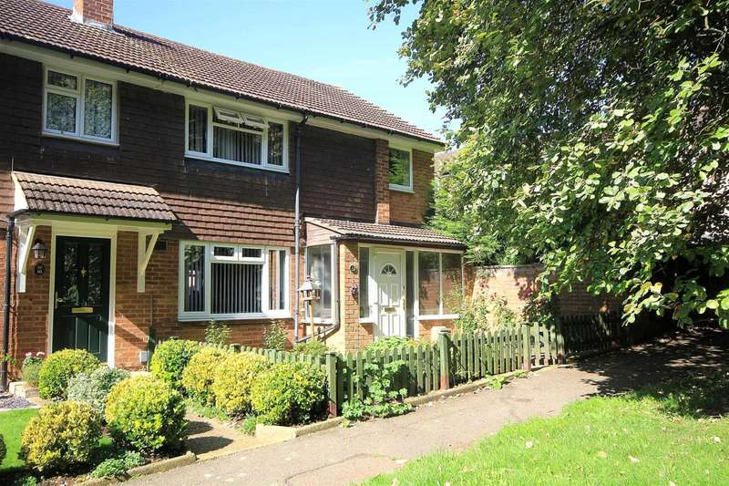 3 Bedrooms House for sale in 3 BED WITH DOUBLE WIDTH GARAGE IN Tollpit End, HP1