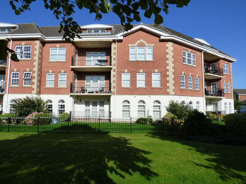 2 Bedrooms Apartment Flat for sale in Madison Heights, Coopers Row, Cypress Point, Lytham