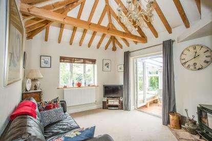 2 Bedrooms Bungalow for sale in South Creake, Fakenham, Norfolk