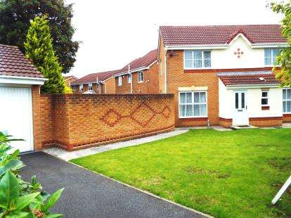 3 Bedrooms Detached House for sale in St. Johns Road, Worsley, Manchester, Greater Manchester