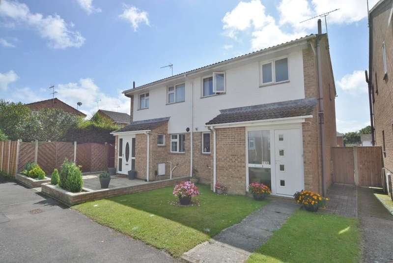 3 Bedrooms Semi Detached House for sale in Upton, Poole, BH16 5RT