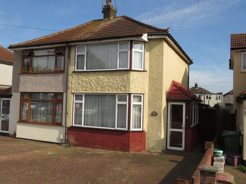 2 Bedrooms Semi Detached House for sale in Monmouth Close, Welling, Kent, DA16 2DX