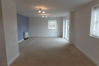 2 Bedrooms Flat for rent in Apartment 8 Linley House