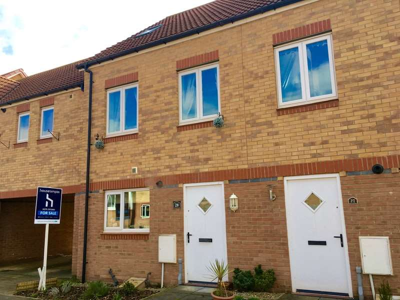 3 Bedrooms Town House for sale in Hawkshead Place, Newton aycliffe, County Durham, DL5