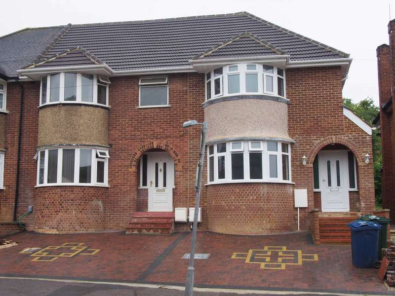 1 Bedroom House Share for rent in Chairborough Road, High Wycombe