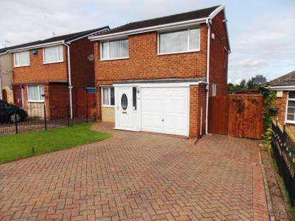 3 Bedrooms Detached House for sale in Churchill Road, Eston, Middlesbrough
