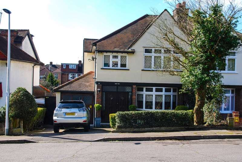 4 Bedrooms Semi Detached House for sale in Mayfair Gardens, Woodford Green