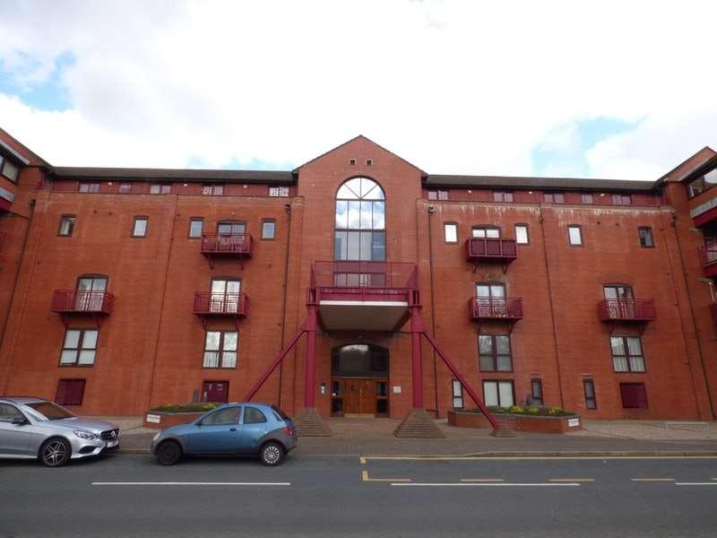 2 Bedrooms Apartment Flat for sale in Navigation Way, Preston, Lancashire, PR2