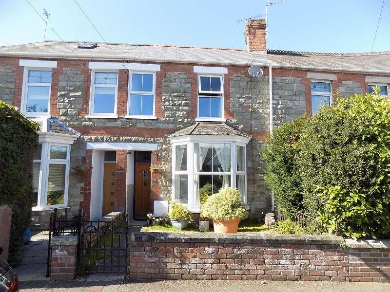3 Bedrooms Terraced House for sale in Grove Road, Bridgend. CF31 3EF