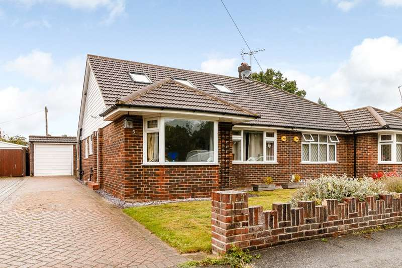 4 Bedrooms Semi Detached Bungalow for sale in Old Woking
