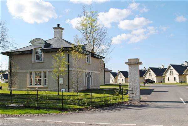 3 Bedrooms Detached House for sale in 'The Gate Lodge' 1 The Lough Erne