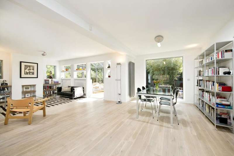4 Bedrooms Detached House for sale in Lauderdale Drive, Petersham